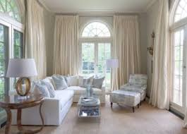 How To Pick Curtains For Living Room Choosing Curtains For Living Room Depending On Your Space