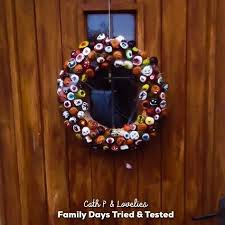 conker wreath family days tried and tested