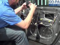 1998 Toyota Corolla Interior Door Handle Replace Interior Door Handle 1998 2002 Toyota Corolla 3 Steps Of