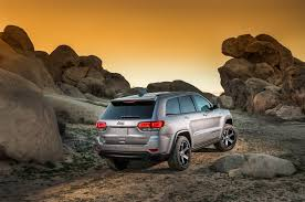 2016 jeep grand cherokee off road 2017 jeep grand cherokee trailhawk review first drive
