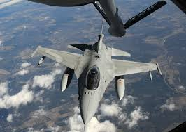 f 15 eagle receives fuel from kc 135 stratotanker wallpapers kc 135 air refueling archive