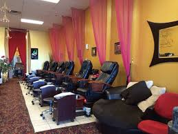 nail styling salon in aurora co body hair waxing