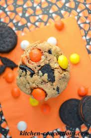 Halloween Monster Cookies by Ghoulish Grub