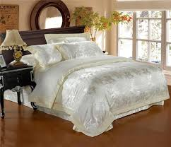 Beautiful Comforters 105 Best Beautiful Bedding Images On Pinterest Master Bedrooms
