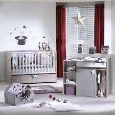 chambre avec lit évolutif 70x140 cm chambre bebe