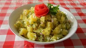 de recette de cuisine familiale salade de pommes de terre cornichons idéale pour un barbecue