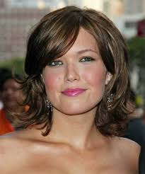 hairstyle square face wavy hair popular hairstyles for square faces best haircuts for square