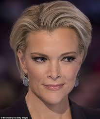 megan kellys hair styles megyn kelly roasted on twitter over her ridiculous eyelashes