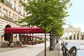 Hotel Adlon Kempinski Berlin Germany Booking Com