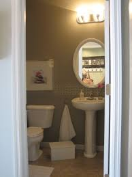 HOUSETWEAKING - Powder room bathroom