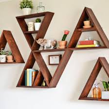 diy triangle shelf tutorial instructions to make a single