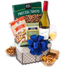 Wine And Country Baskets Country Wine Basket By Gourmetgiftbaskets Com