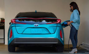 used cars toyota prius toyota ready to enter electric car race with battery