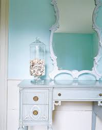 house of turquoise seaside hallway paint color is benjamin