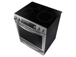 Clean Electric Cooktop 5 8 Cu Ft Slide In Induction Chef Collection Range With Flex Duo