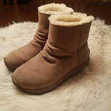 ugg shoes australia brown boots poshmark ugg shoes australia sueded leather all weather boots poshmark