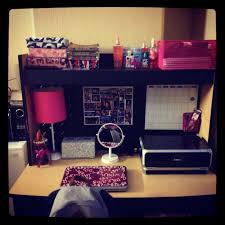 How To Keep Your Desk Organized College Desk I Can Only I Can Be This Organized