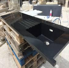 evier cuisine granit noir fourniture et pose d un plan de travail de cuisine en granit noir