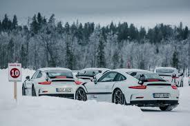 porsche snow tarp šiaurės elnių u2013 šonaslydžio pamokos su u201eporsche u201c verslo žinios