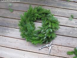 fresh christmas wreath tutorial behind mytutorlist com