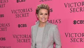 hair style from housewives beverly hills yolanda foster hints kyle richards complained to producers about