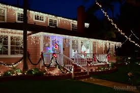 Outside Window Decorations For Christmas by Outside Christmas Light Ideas Houses Decorated With Christmas Lights