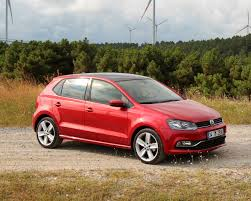 volkswagen polo 2016 price car wars renault clio vs volkswagen polo hatch compareguru