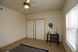 1 Bedroom Apartments Champaign Il Crowwood Point Apartments Champaign Il Apartment Finder