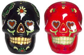 day of the dead skull salt u0026 pepper shakers blk red sourpuss