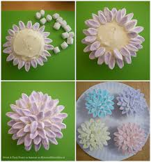 cupcake flowers flower cupcakes with marshmallows munchkins