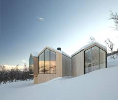 Winter Houses by International Modern Mountain Houses 5 High Designs