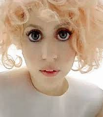 Lady Gaga Bad Romance Schau Mir In Die Riesenaugen Panorama Badische Zeitung