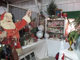 my booth at 3 french hens holiday market in morris il antiques