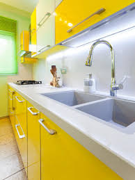 oak kitchen cabinets tags best yellow kitchen color ideas for