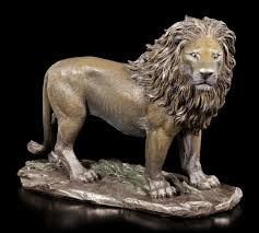 lion figurine lion figurine king of the jungle veronese www figuren shop de