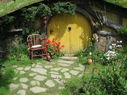 Discount Home Decor Online Nz Middle Earth News Roxy Creates Hobbiton On A Plate Film Set New