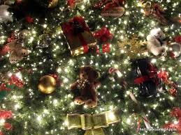 5 free things to do during christmas time at gaylord opryland