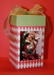 paper perfection ornament gift box