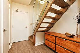 just sold over asking price 1 bedroom loft suite at 5 hanna ave