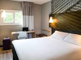Schlafzimmer Bett Mit Erbau Hotel In Bourg En Bresse Ibis Bourg En Bresse