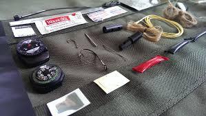 bracelet survival kit images Paracord bracelet with survival kit design your on emergency bug jpg