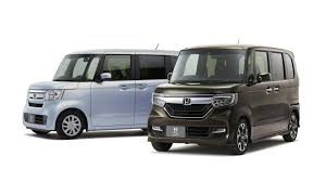 honda family car 2018 honda n box is an unapologetically boxy kei car autoevolution