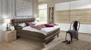Schlafzimmer Komplett Mit Boxspringbett Boxspringbett Aus Luxus Kunstleder Und Metall La Mancha