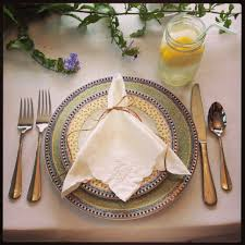 Informal Table Setting by 3 Quick Tips On Setting An Elegant Yet Informal Easter Table