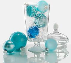 snowflake vase with ornaments centerpiece allfreechristmascrafts