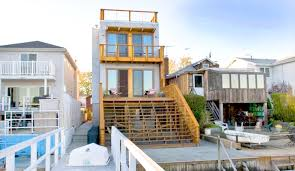 bronx box prefab turns a narrow lot into a home with breathtaking