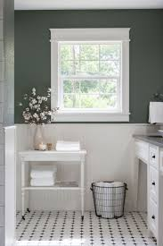 Gray And White Bathroom Ideas by Best 25 Bead Board Bathroom Ideas Only On Pinterest Bead Board