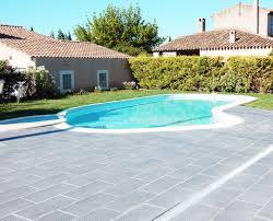 amenagement piscine exterieur sas lilomé rénovation décoration extérieure bouches du rhône