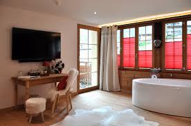 hotel en suisse avec dans la chambre chambres d hôtel suisses à chéry en valais le beau séjour