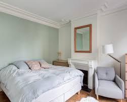 chambre parme et beige chambre adulte parme gallery of papier with papier peint